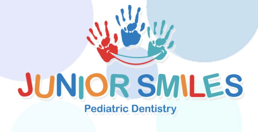 Junior Smiles Logo